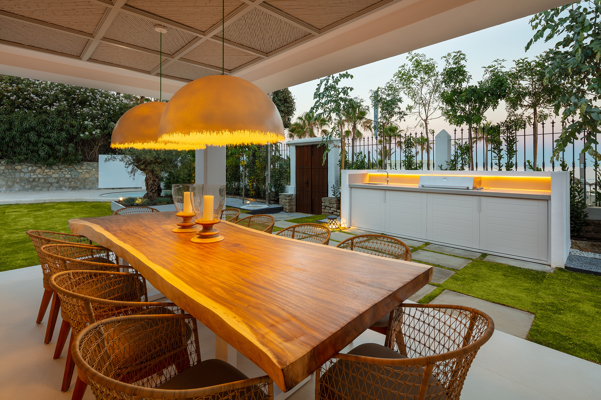 Golden Mile Beachfront Villa