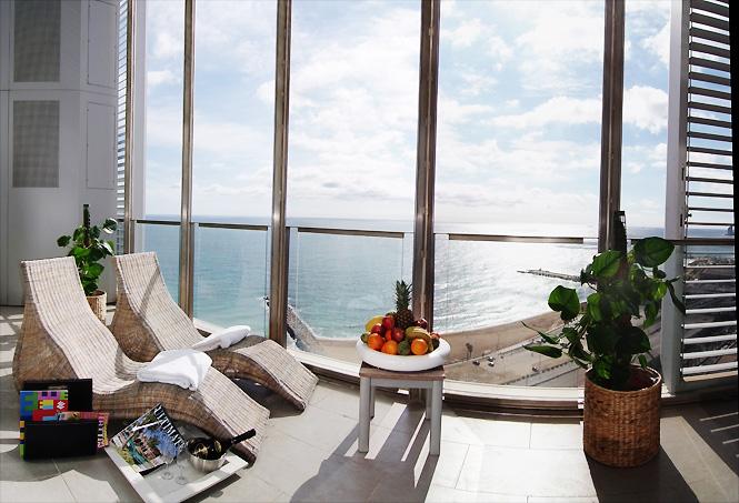 Spectacular Seaview Penthouse