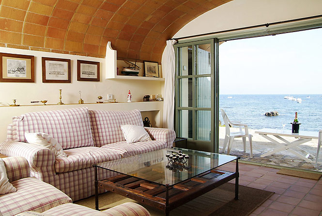 Cozy Fisherman Beach House