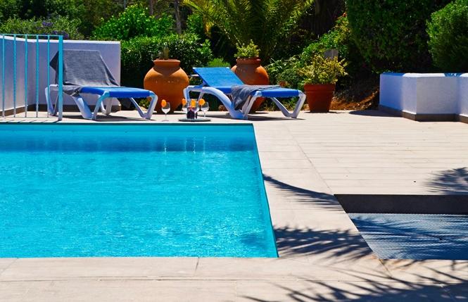 Modern Pool Villa